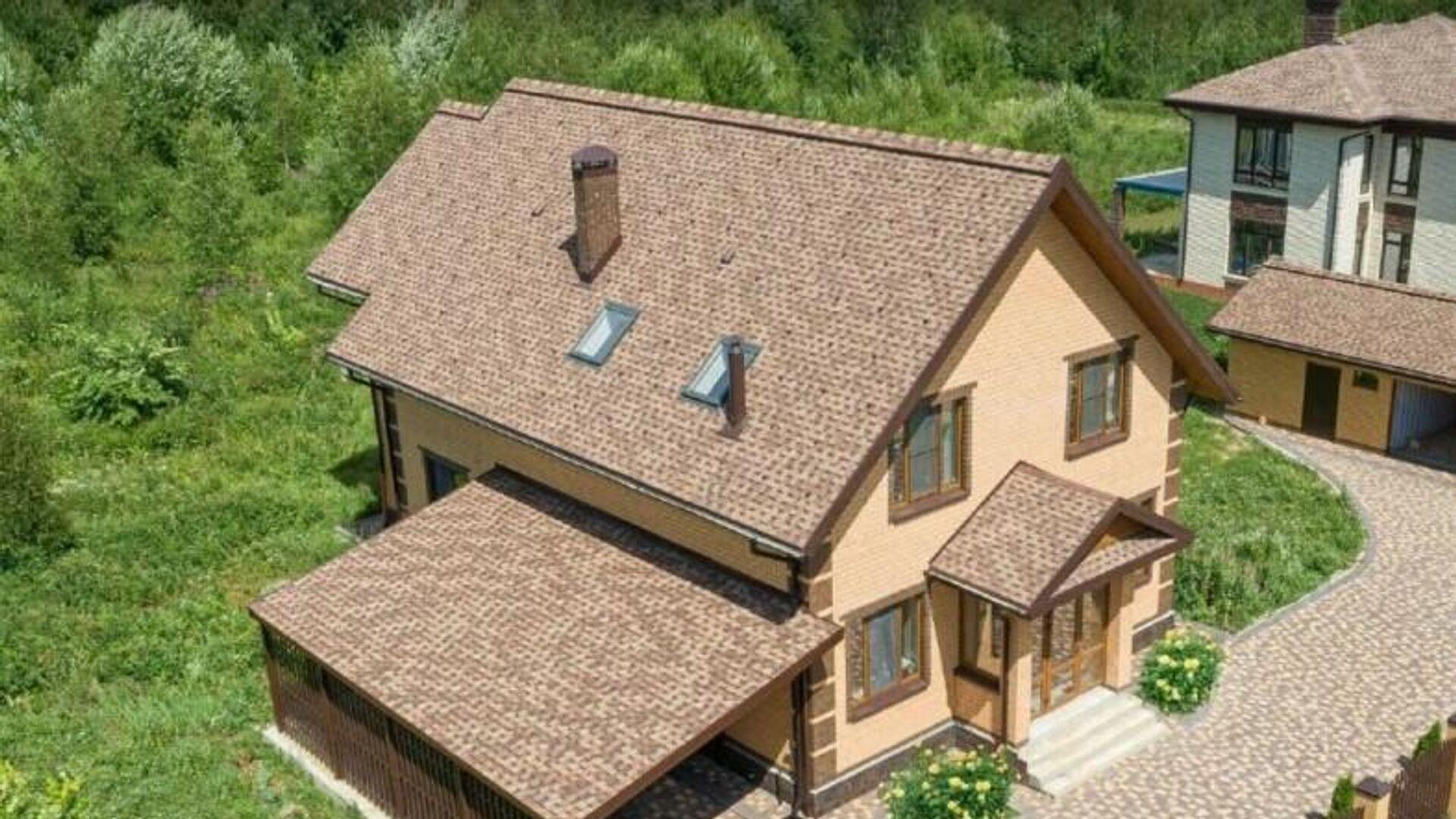 Дом со скатной крышей - РИА Новости, 1920, 18.06.2020