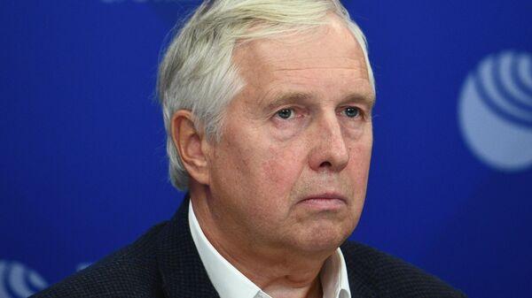 Владимир Зиничев