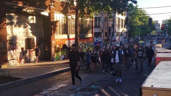 Протестующие в Сиэтле. Стоп-кадр видео