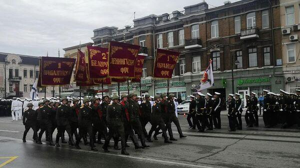Военный парад во Владивостоке, посвященный 75-й годовщине Победы 24 июня 2020