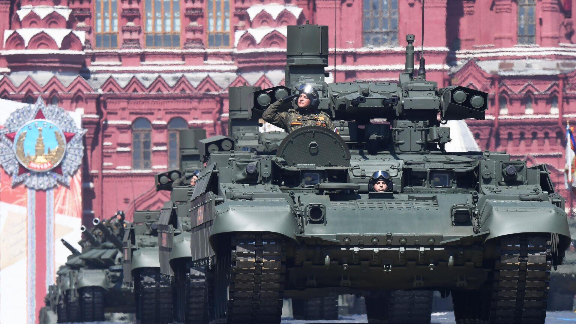 """""""Заменит целый взвод"""". Defense News оценил российский танк """"Терминатор"""""""