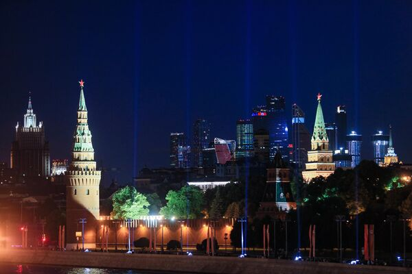 Акция Лучи Победы в Москве