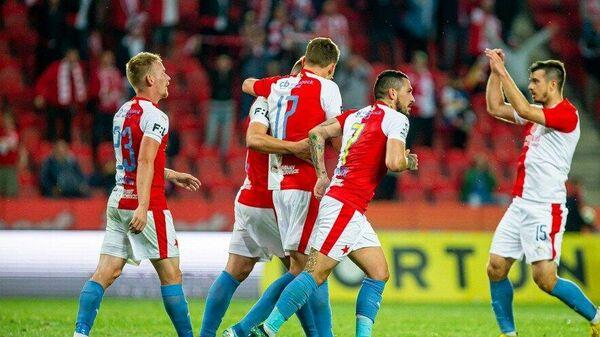 Футболисты Славии