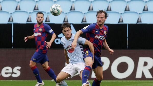 Игровой момент матча Сельта - Барселона