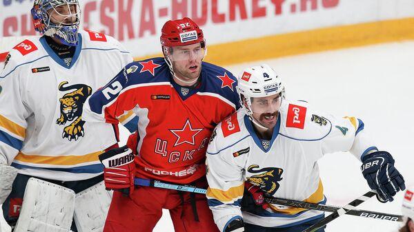 Нападающий ЦСКА и сборной Чехии по хоккею Иржи Секач в матче КХЛ