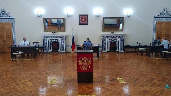 Голосование по поправкам в конституцию России стартовало в посольстве России в Иране