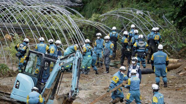 Поиск пропавших на юге Японии