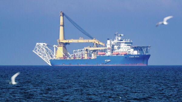Российское краново-монтажное трубоукладочное судно (КМТУС) Академик Черский
