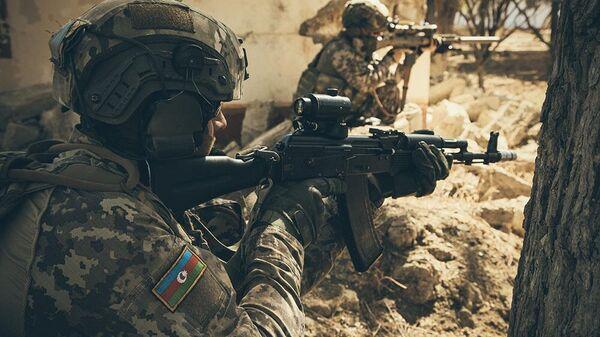 Военнослужащие вооруженных сил Азербайджана