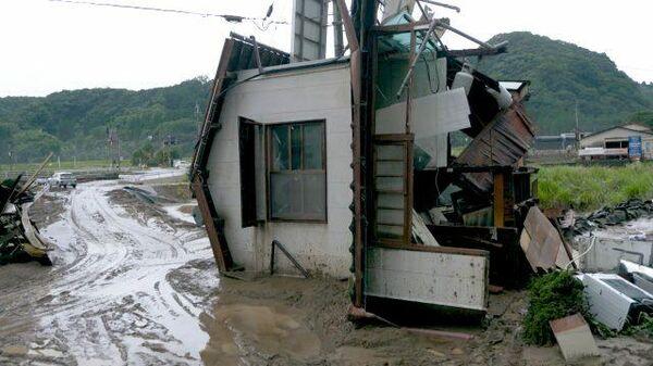 Разрушенные дома и эвакуация людей: последствия наводнения в Японии