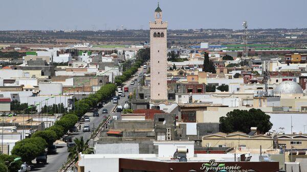 Вид города Эль-Джем в Тунисе с амфитеатра