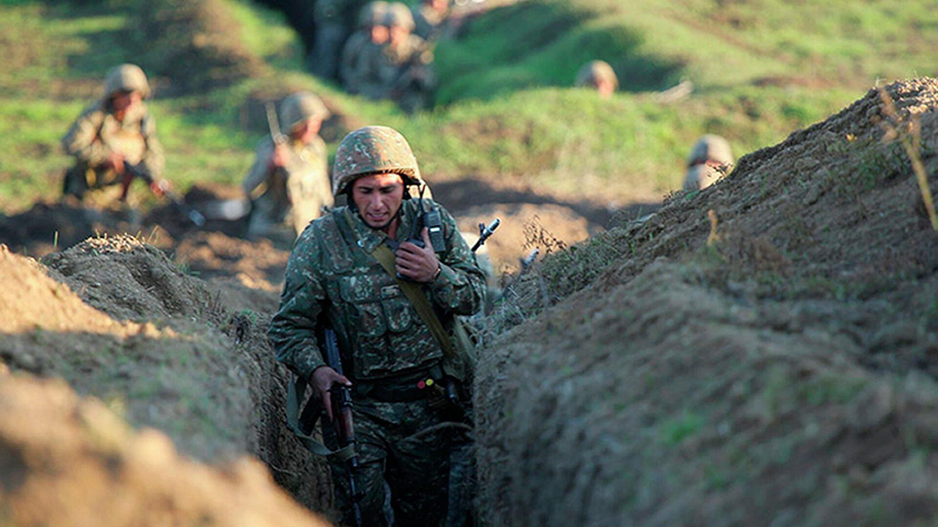 Армянские военные занимают позиции на линии фронта в Тавушской области, Армения - РИА Новости, 1920, 16.07.2020
