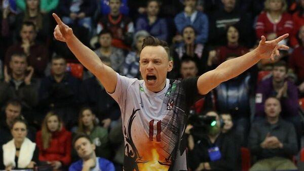 Волейболист сборной Латвии Петровс продлил контракт с АСКом