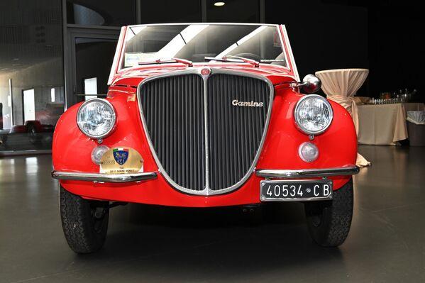 Автомобиль Fiat 500 в Автомобильном музее Турина