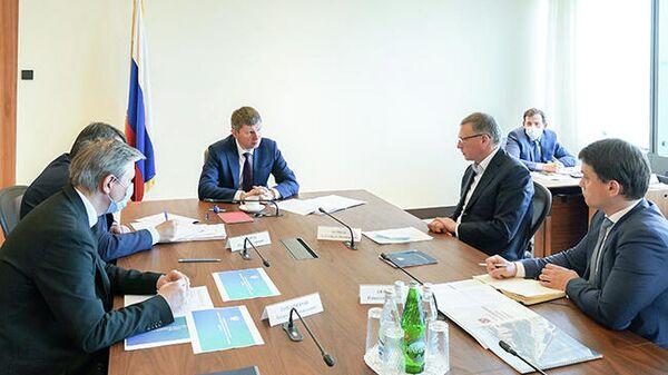 Омский губернатор поблагодарил главу Минэкономразвития за помощь бизнесу