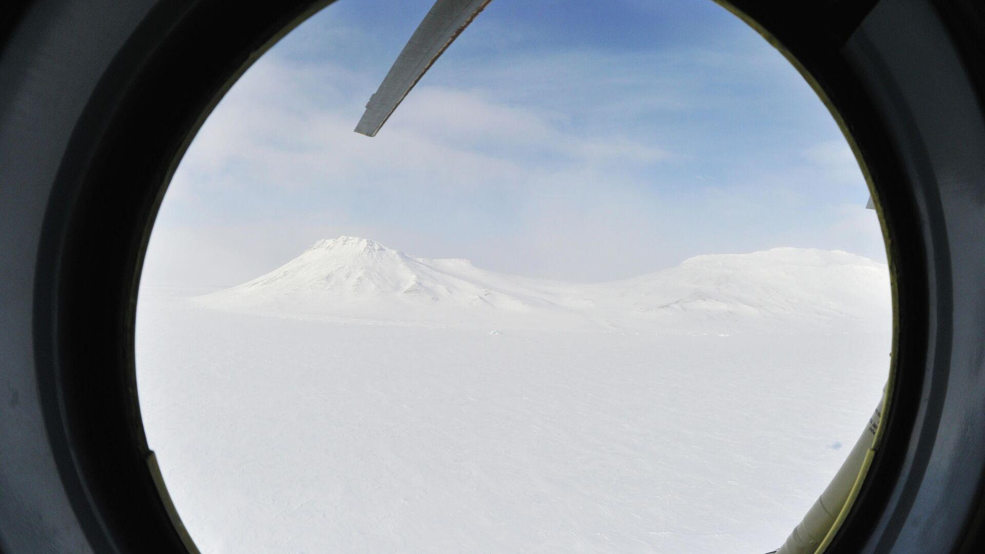 Источник: Россия впервые запустит над Арктикой атмосферный спутник