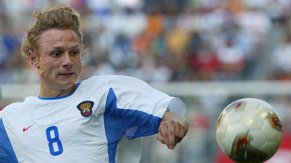 Валерий Карпин в матче чемпионата мира 2002 года Россия - Тунис