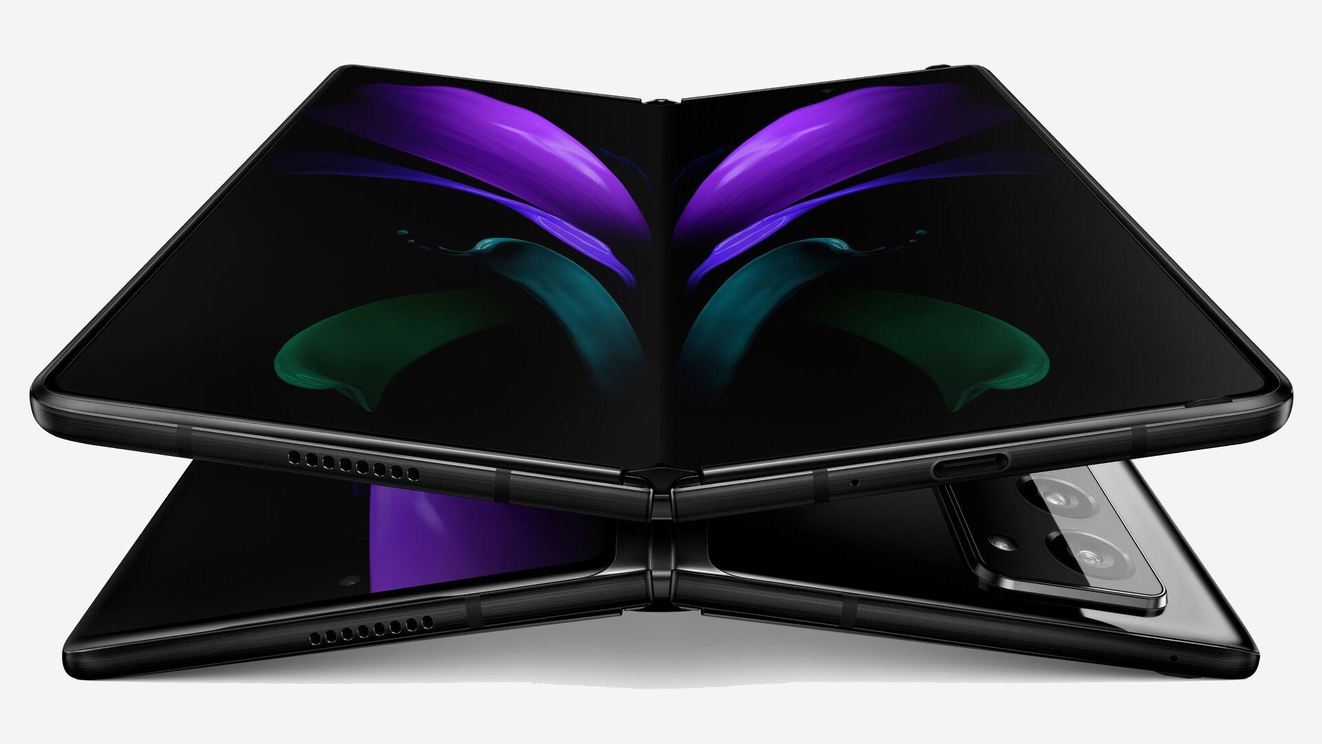 Смартфон Samsung Galaxy Z Fold 2 - РИА Новости, 1920, 01.09.2020