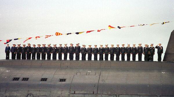 Экипаж подводной лодки Курск в Североморске