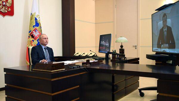 Уровень безработицы в России немного подрос, заявил Путин