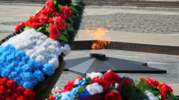 Вечный огонь на Поклонной горе в Москве