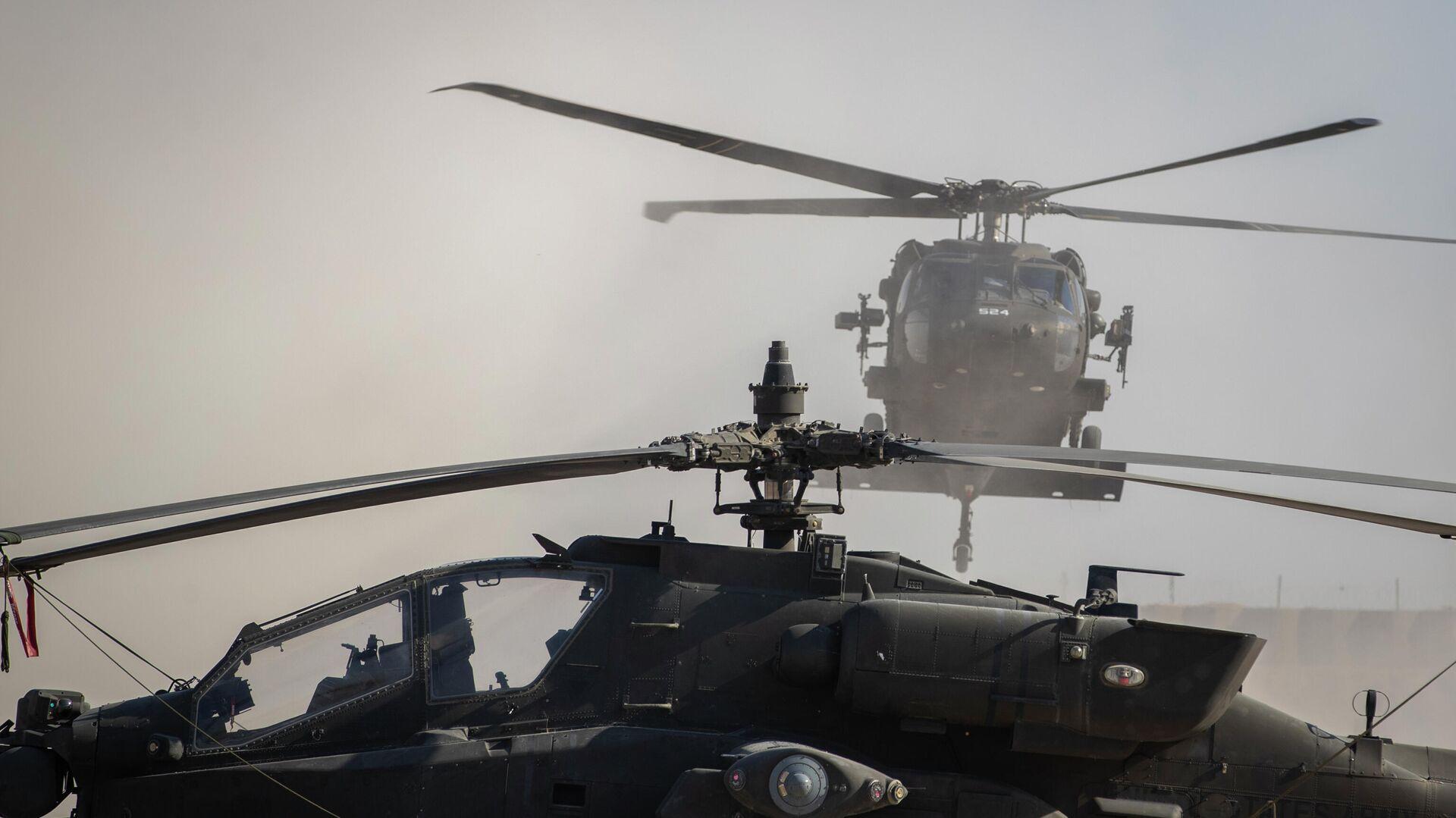 Вертолеты на военной базе США в Сирии - РИА Новости, 1920, 11.02.2021