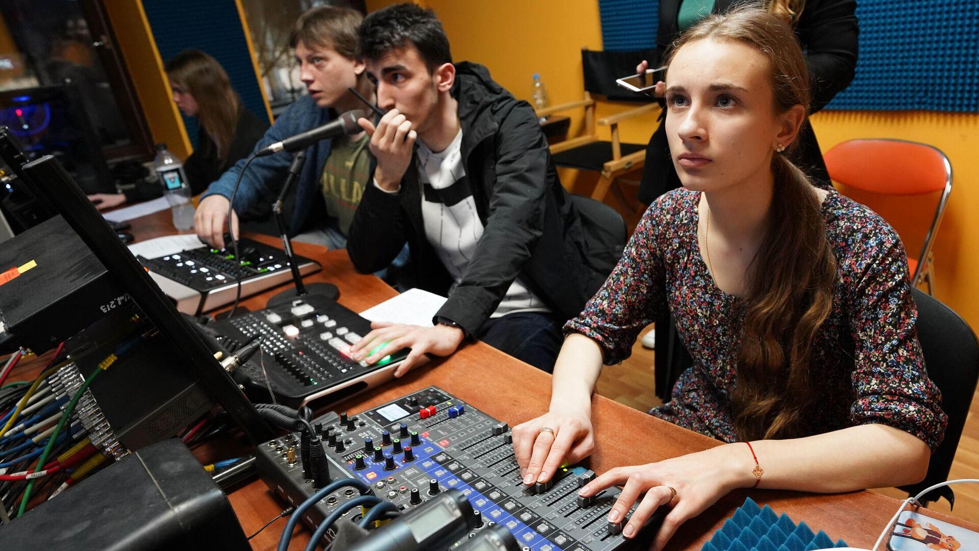Студенты – представители медиацентров вузов проходят образовательный интенсив от МАСТ - РИА Новости, 1920, 18.08.2020