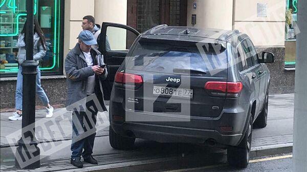 Фото с места ДТП с участием автомобиля Михаила Ефремова в 2019 году, опубликованное РЕН ТВ