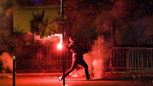 Футбольный хулиган в Париже