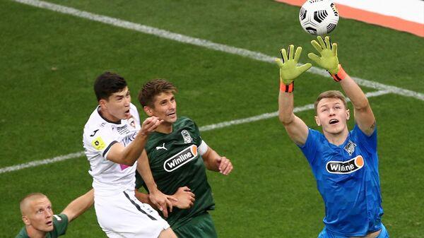 Игровой момент в матче 5-го тура чемпионата России Краснодар — ЦСКА