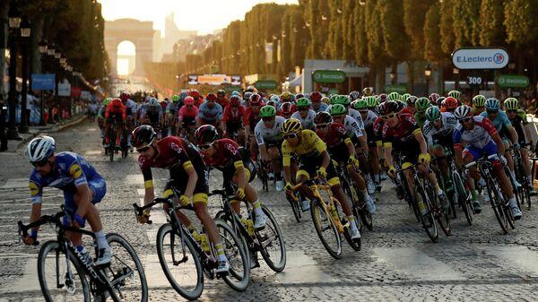 Пелотон Тур де Франс