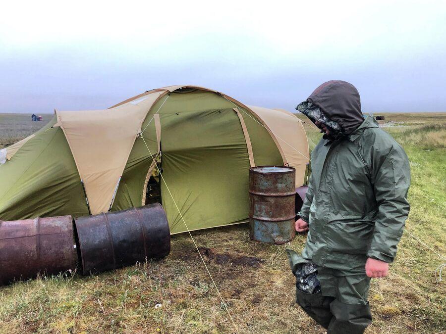 Укрепляем лагерь от ветра