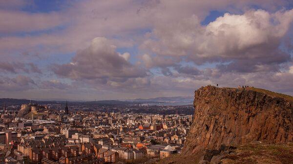 Эдинбург и гора Трон Артура