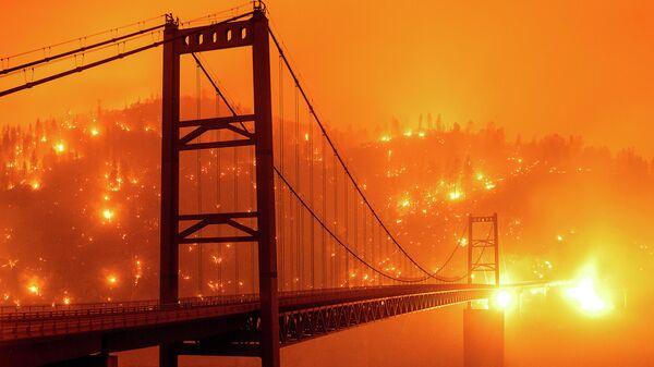 Лесной пожар в американском штате Калифорния