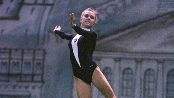 Член сборной СССР по художественной гимнастике Оксана Костина.