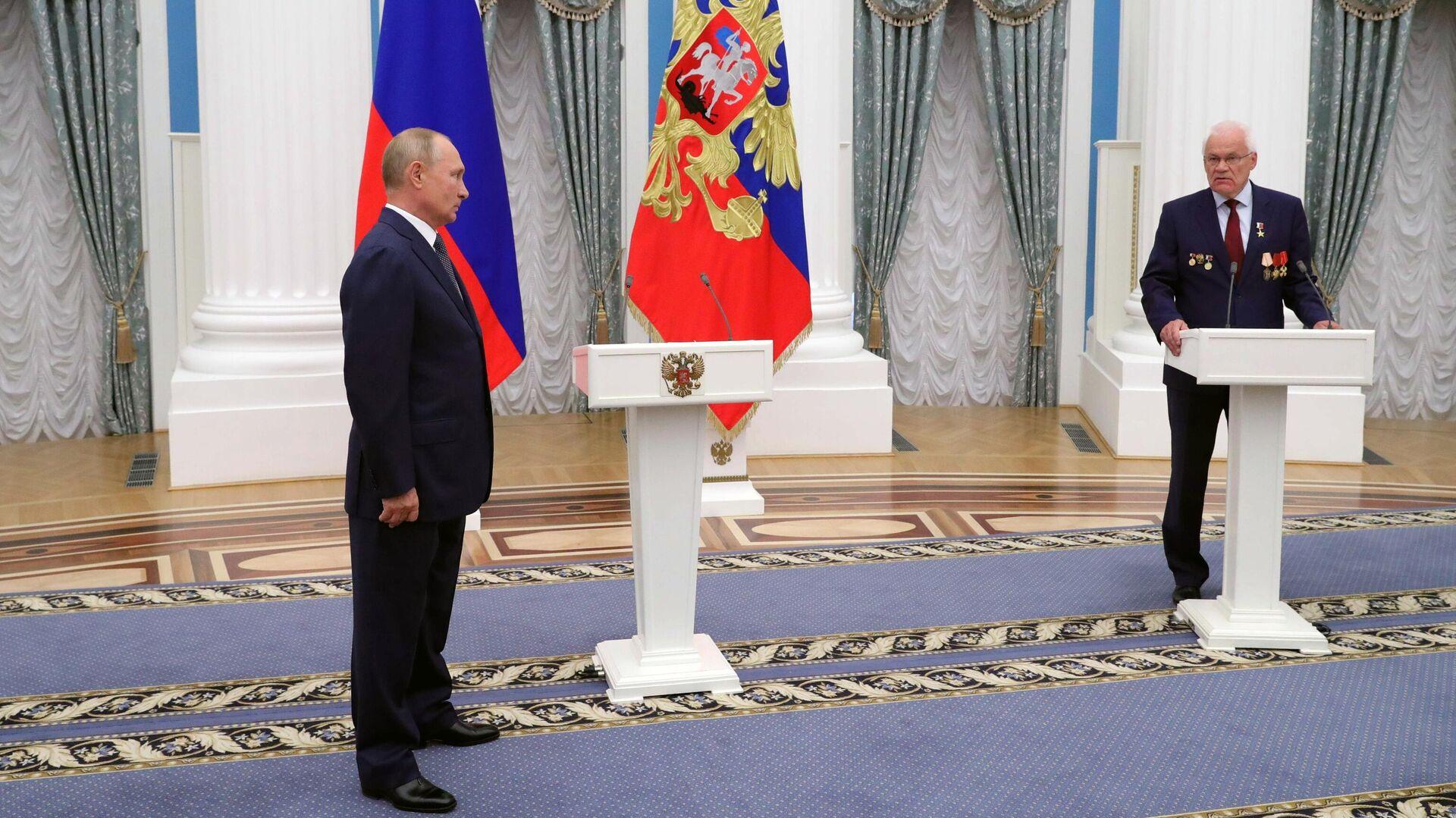 1577671787 0:311:3077:2041 1920x0 80 0 0 63bec8cda5432174ce3b122d1cfbe452 - Песков рассказал о формате мероприятий с участием Путина