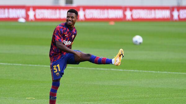 Нападающий ФК Барселона Ансу Фати