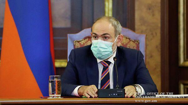 Премьер-министр Армении Никол Пашинян на внеочередном заседании Совета безопасности Армении, 27 сентября 2020