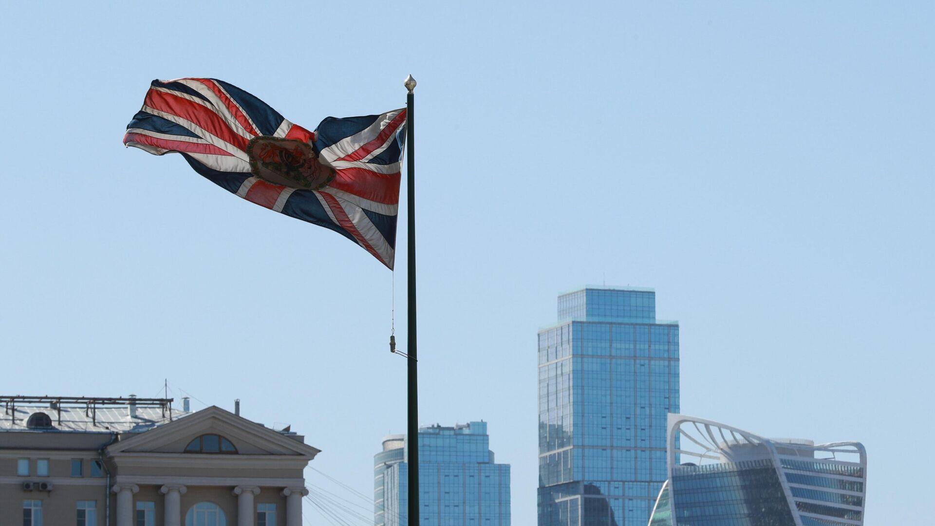 Посольство Британии уточнило правила въезда в страну