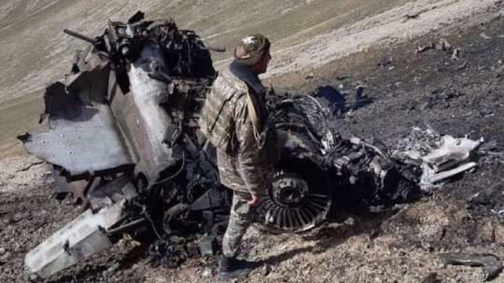 Фото сбитого истребителя Су-25 Армении - РИА Новости, 1920, 30.09.2020