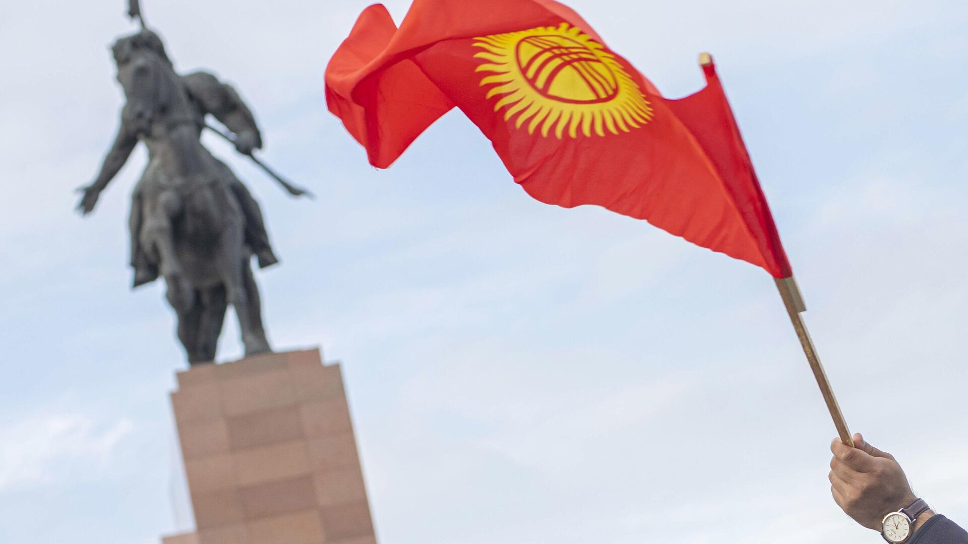Назначена дата повторных выборов в парламент Киргизии