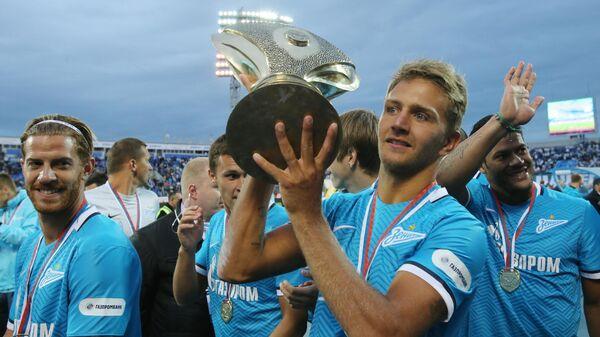 Защитник Зенита Доменико Кришито после победы в матче за Суперкубок России-2015