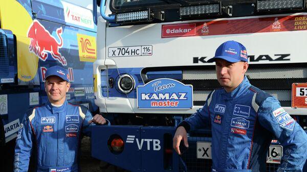 Андрей Каргинов (слева) и Антон Шибалов
