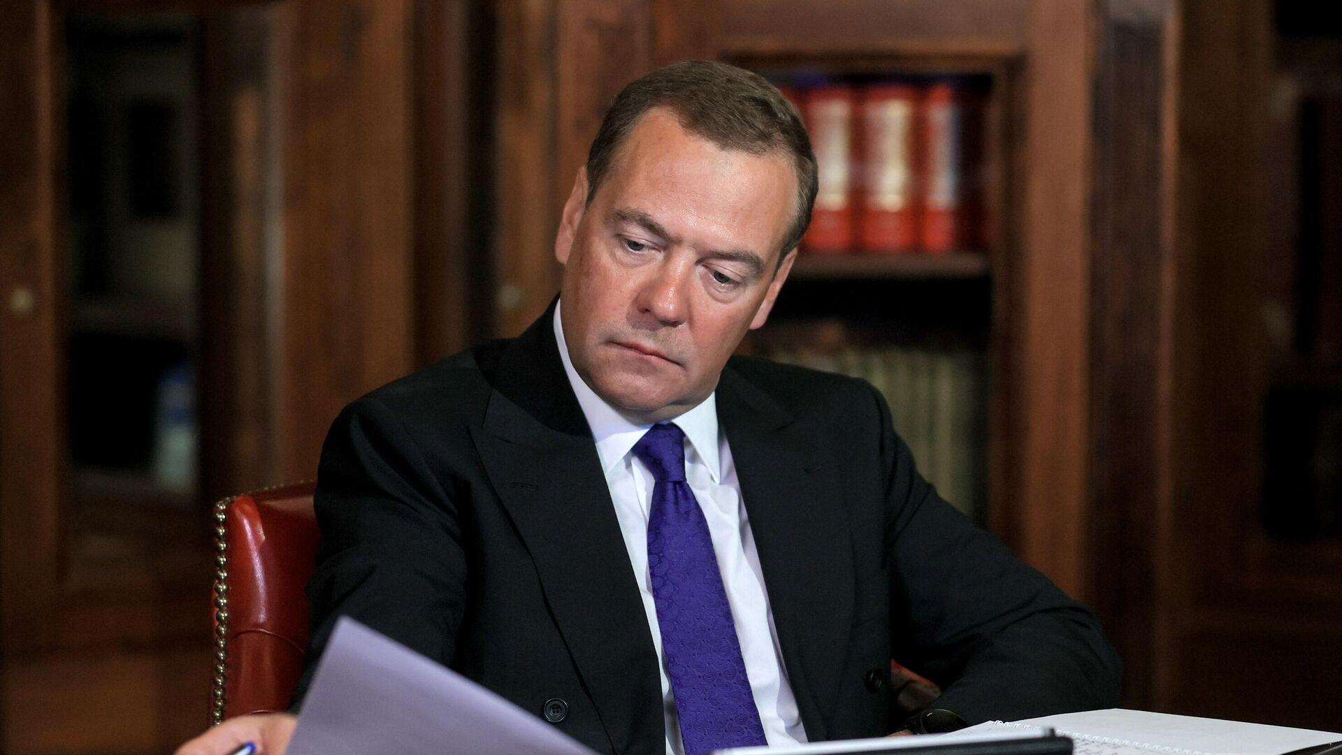 Медведев назвал число выявленных экстремистских преступлений в 2020 году