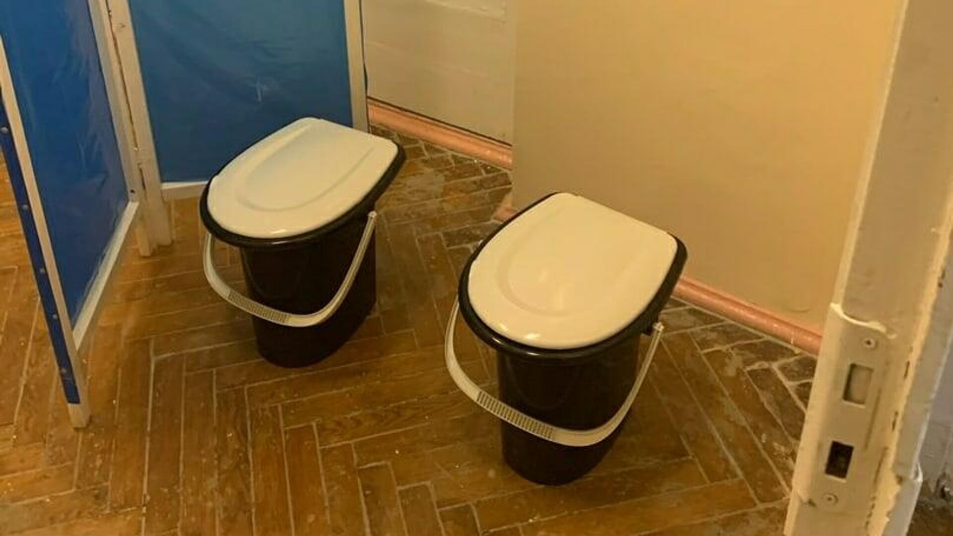 Главврач объяснила, зачем в курской больнице устроили туалет за ширмой