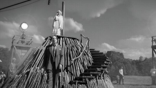 Кадр из трейлера фильма Манк