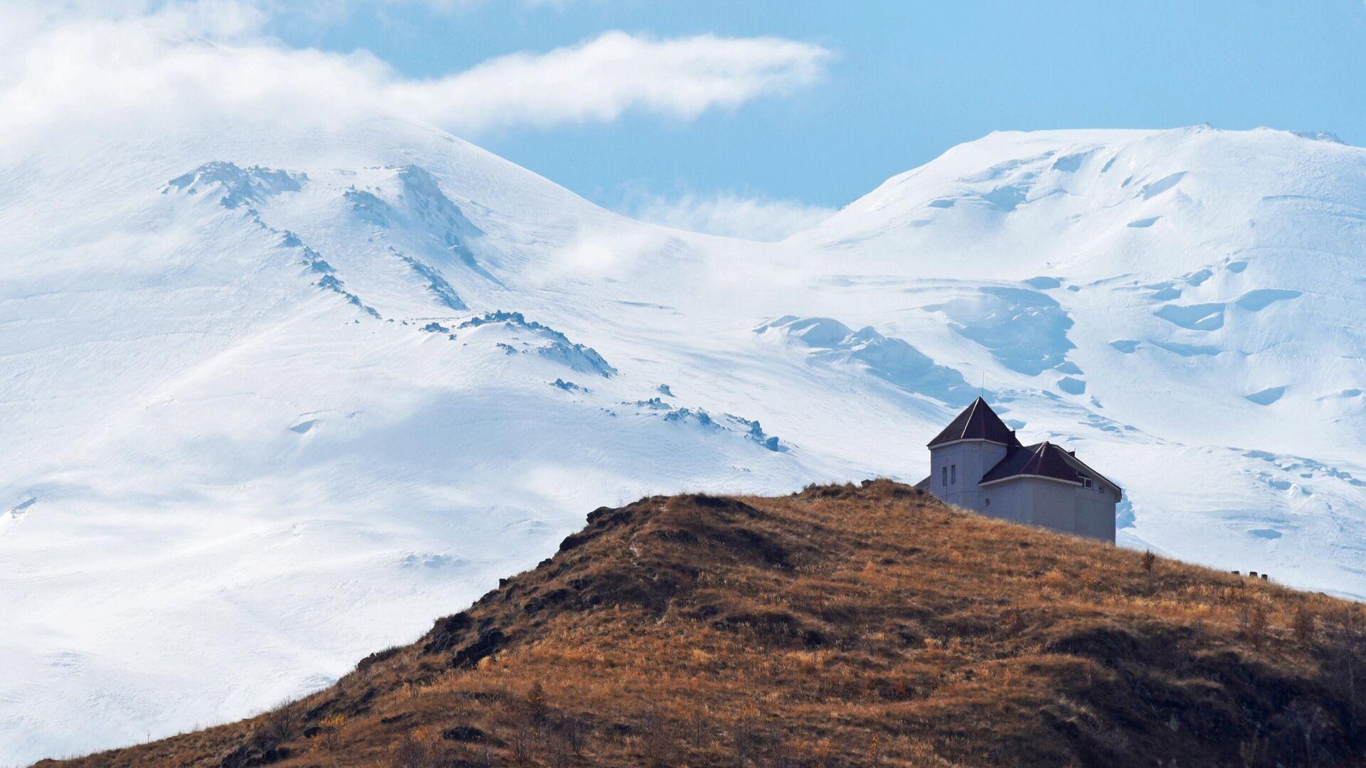 На Эльбрусе спасли сорвавшегося альпиниста