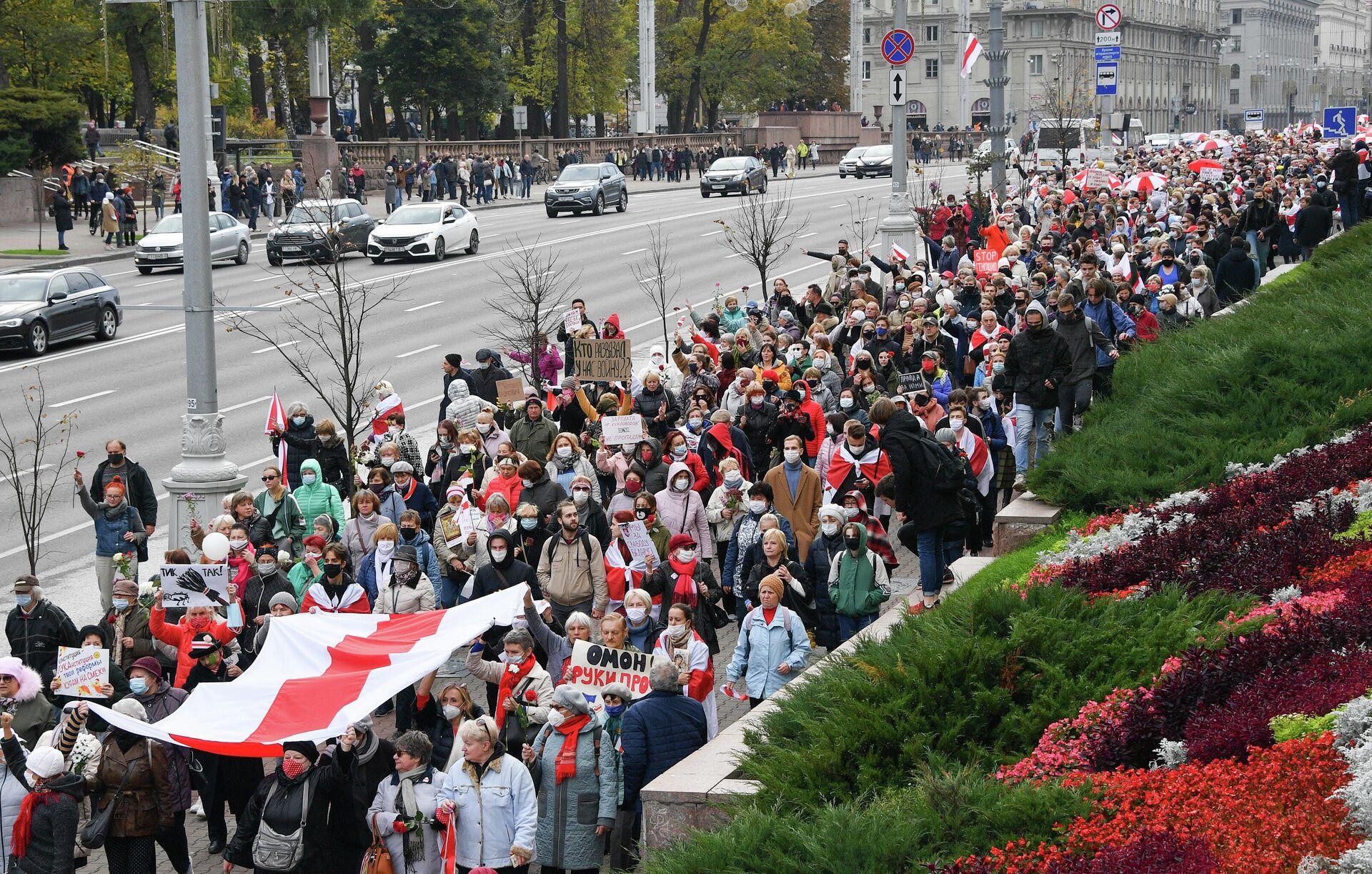 Участники акции протеста в Минске - ПРОФИ Новости, 1920, 27.10.2020