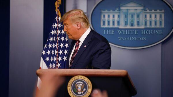 Президент США Дональд Трамп во время выступления в Белом доме в Вашингтоне