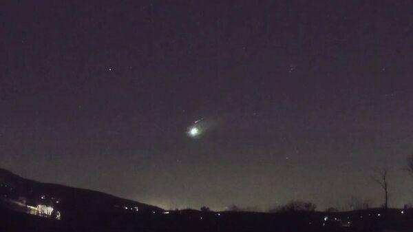 Огненный шар над США, попавший на видео